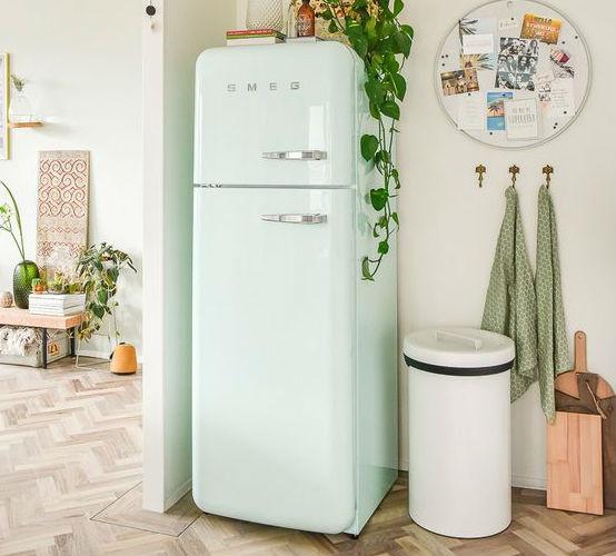 Pasteltint SMEG koelkast
