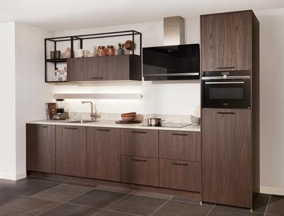 Moderne Keuken Ontwerpen : Moderne keukens; strak en eigentijds mandemakers keukens