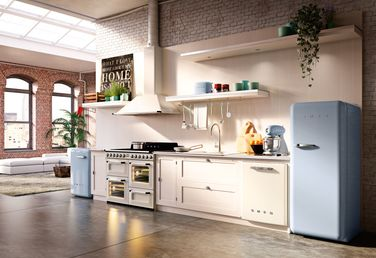 Pasteltinten in de keuken met een SMEG koelkast