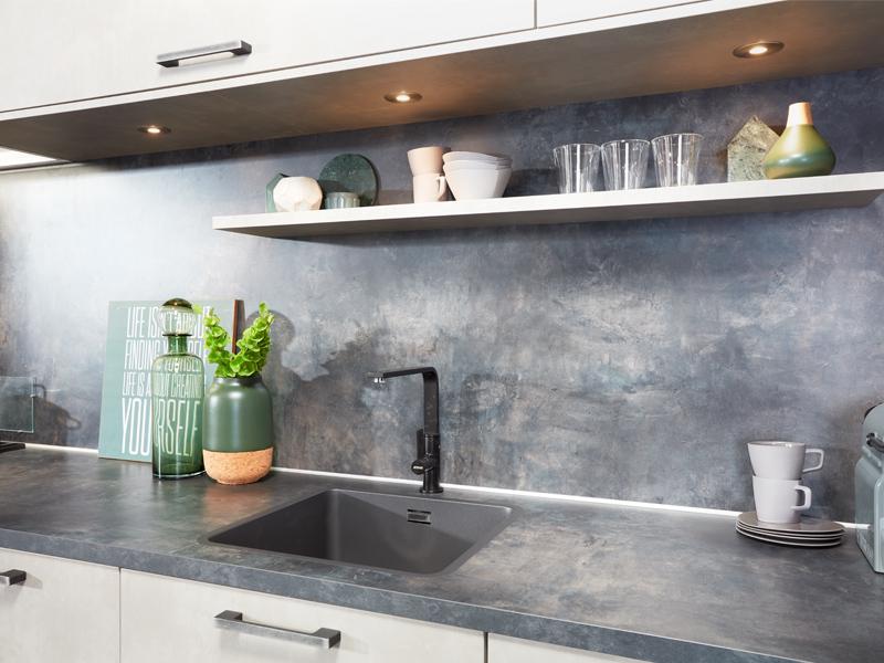 grijze betonlook keuken