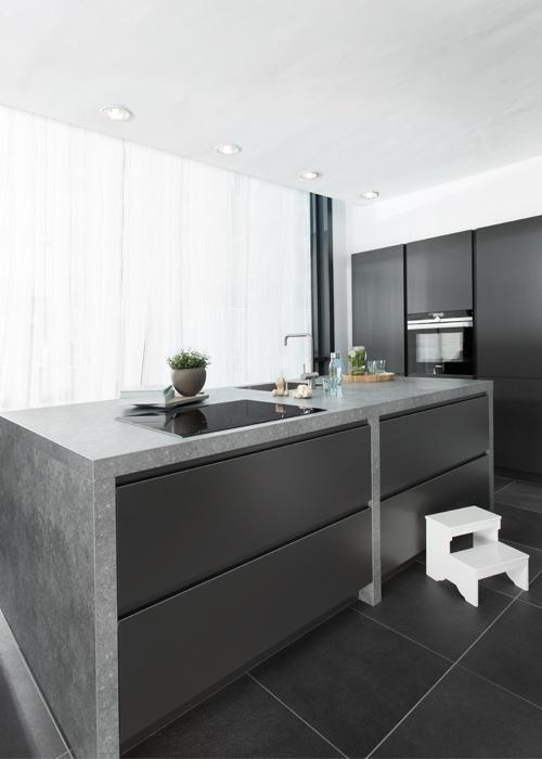 Donkere Keukens Een Ware Trend In Keukenland